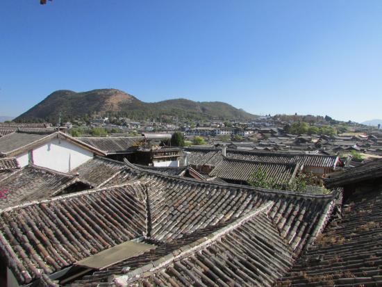 One Way Street Hostel Lijiang: 二楼看出去的风景