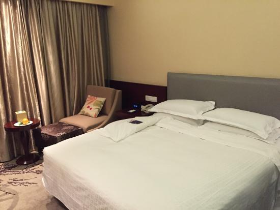 Best Western Hangzhou Meiyuan Hotel: 客房内部