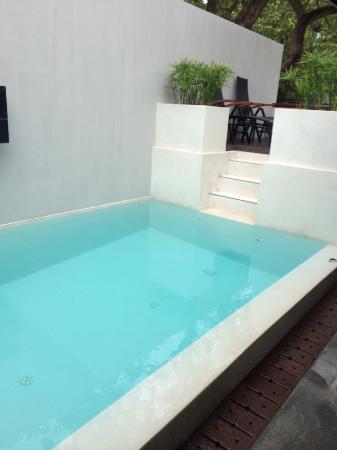 Pao Jin Poon Villas: 房间泳池