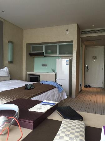 Crystal Palace Hotel: 房间内景