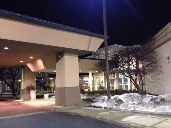 Holiday Inn Chicago Elk Grove: 酒店