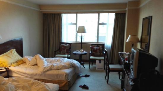 Fujian Hotel: room