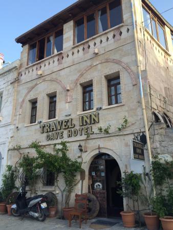 Travel Inn Cave Hotel: 大门