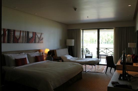 Shangri-La's Tanjung Aru Resort & Spa: 所谓的丹绒豪华海景房,其实是园景