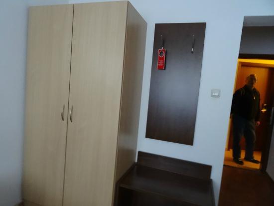 Hotel Italia: 双人间一角