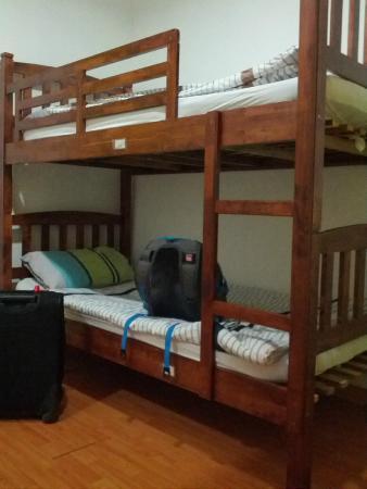 Bunibon Lodge: 床
