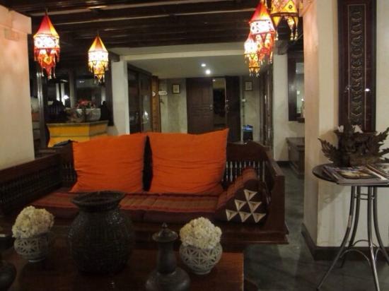 Chompor Lanna: 酒店内饰