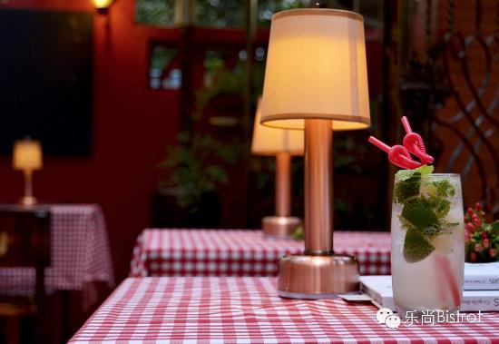 Le Shang Restaurant: 还喝了杯MOJITO