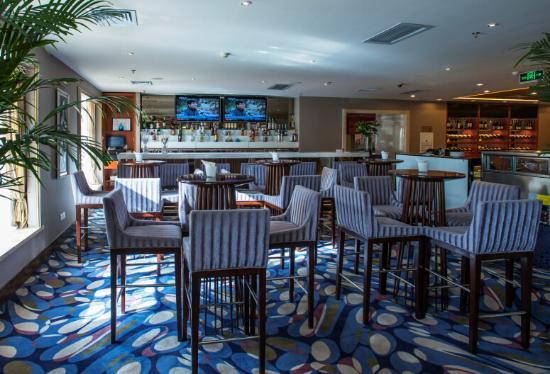 Vintage Hill  Hotels & Resorts: Lobby bar