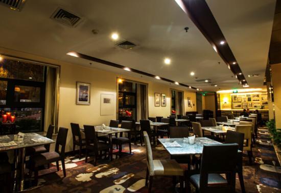Vintage Hill  Hotels & Resorts : western restaurant