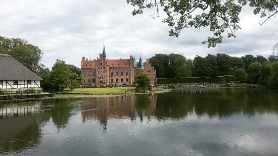 Egeskov Castle: 非常美丽!