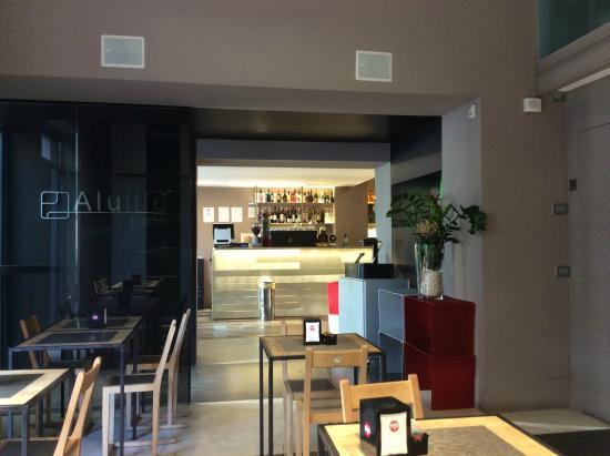 Alulife Cafe: 餐厅里面