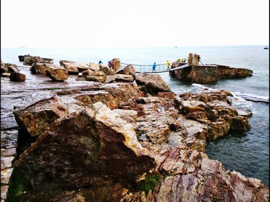 Jiuzhang Cliff : 九丈崖