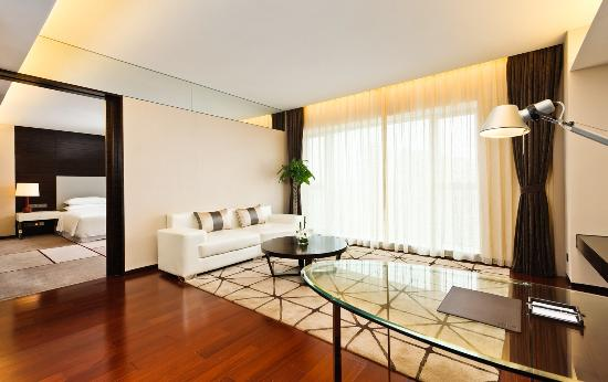 Four Points by Sheraton Taizhou, Yuhuan : Comfort Suite