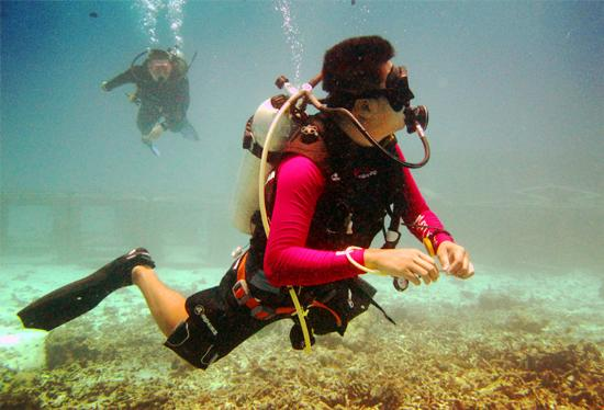 Heart & Soul Divers: Eddie帅气的中性浮力