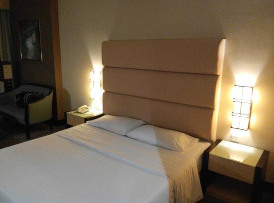 Dynasty Hotel : 双人床