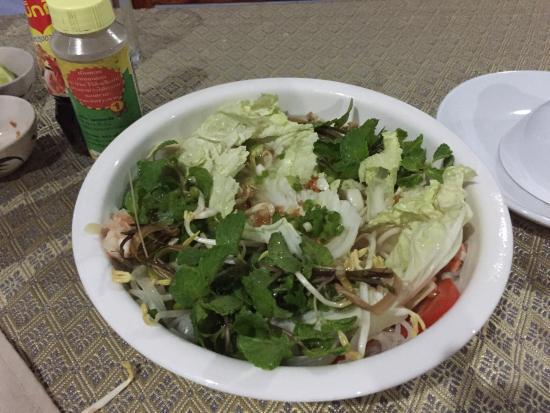 Joys Restaurant: shrimp noodle soup