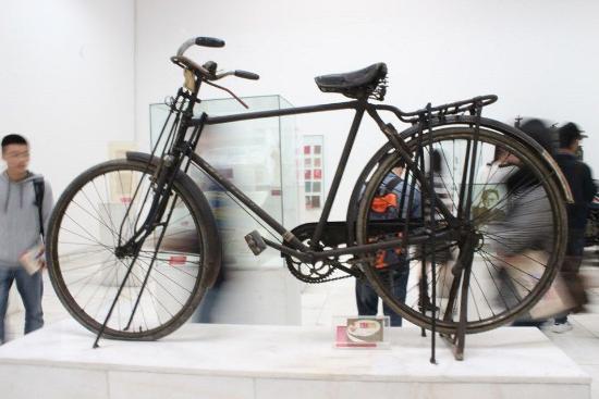Jianchuan Museum: 展览的自行车