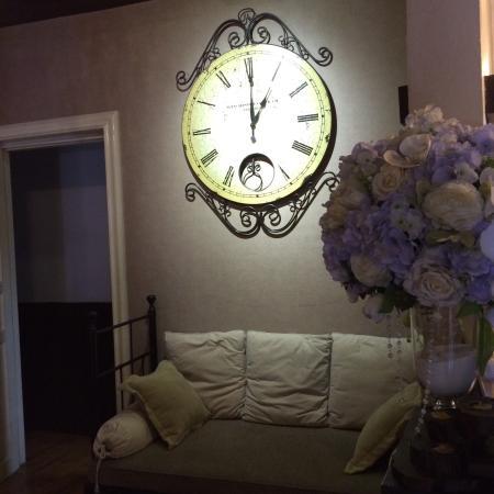 I'm Happy: 有点欧式风格,蜜月套房环境布置不错。酒店服务水平有待提高!!
