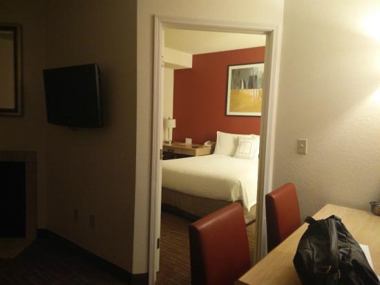 Residence Inn Salt Lake City Airport : 房间
