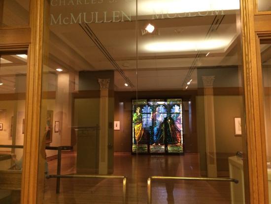 Newton, MA: 不错的艺术博物馆,不大,只有两层,人很少,免费的,经常会更新展品。参观BC时可以顺便参观。