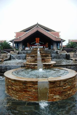 Palace Lan Resort & Spa Suzhou: 外观很有泰国味道