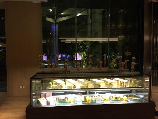 Pan Pacific Xiamen: 蛋糕房的味道不错