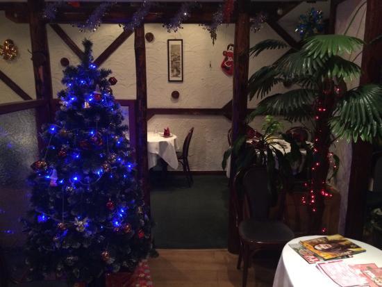 Ickenham, UK: Xmas is near ! Wow