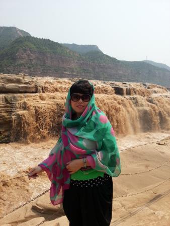 Ji County, Cina: 烈日当空的壶口瀑布
