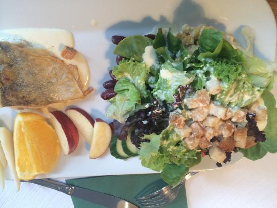 Restaurant Eiger: 鳕鱼沙拉
