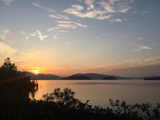 Chun'an County, Cina: 秋日千岛湖IC