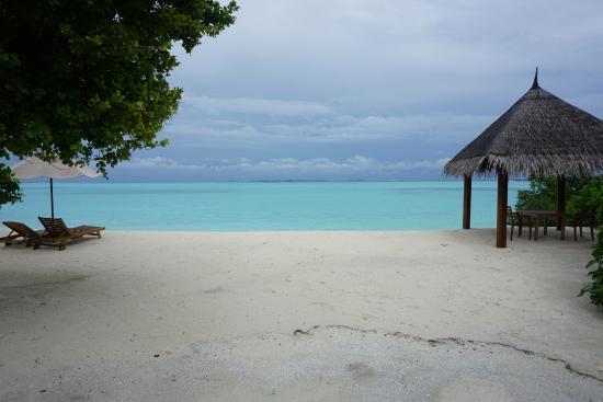 Dhonakulhi Island: 沙屋观景