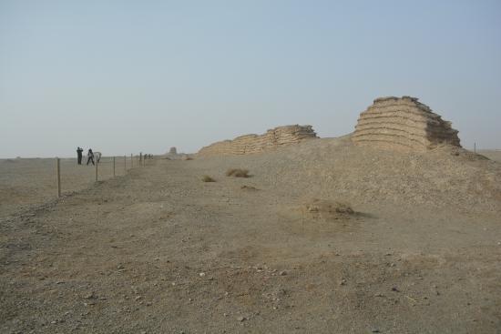Great Wall of Han Dynasty: 汉长城