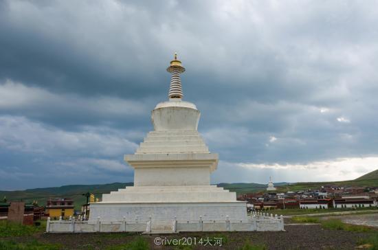 Hezuo, China: 米拉日巴佛阁
