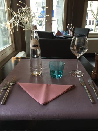 Woluwe-St-Pierre, Belgia: 很不错的餐厅,味道很好,尤其是薯条,大赞服务也很好