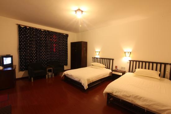 Dali Mountain Delights Hotel