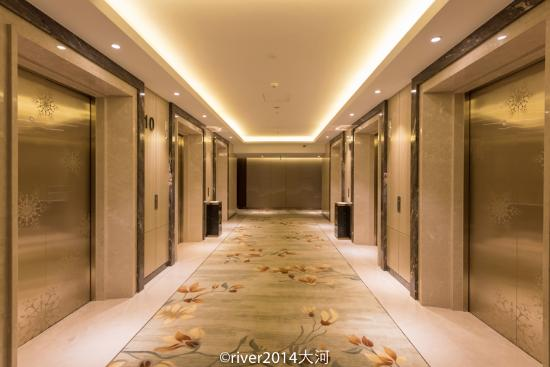 friendly hotel director kris picture of sheraton harbin rh en tripadvisor com hk