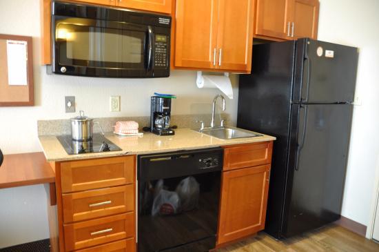 Candlewood Suites San Antonio N - Stone Oak Area: 含洗碗机