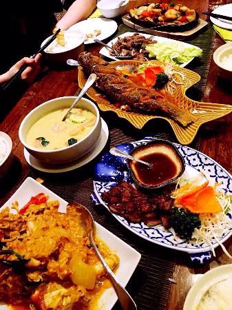 Lili's Chinese Restaurant: photo0.jpg