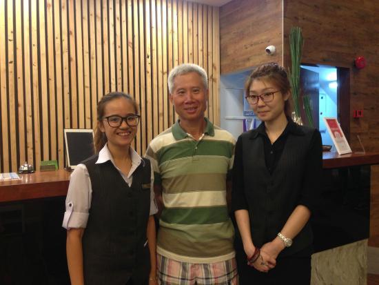 Chulia Mansion: 就是这位Lim小姐和她的同伴处处从客人需求考虑,服务周到