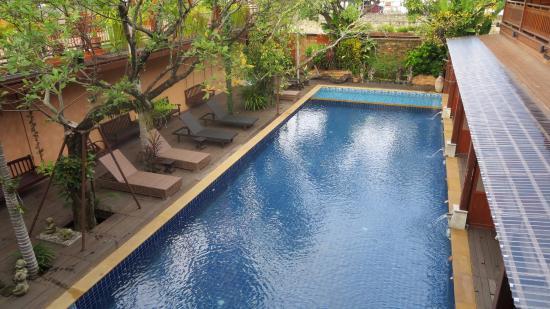 Baan U Sabai Boutique House: 泳池全貌