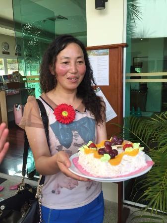 Phunawa Resort: 酒店免费赠送生日蛋糕