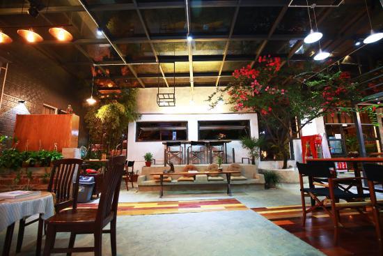 Jiushiguang Luwo Inn