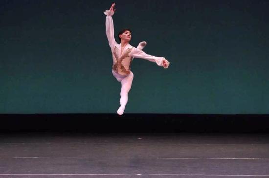 Joffrey Ballet of Chicago: 日本福冈比赛小组第五名