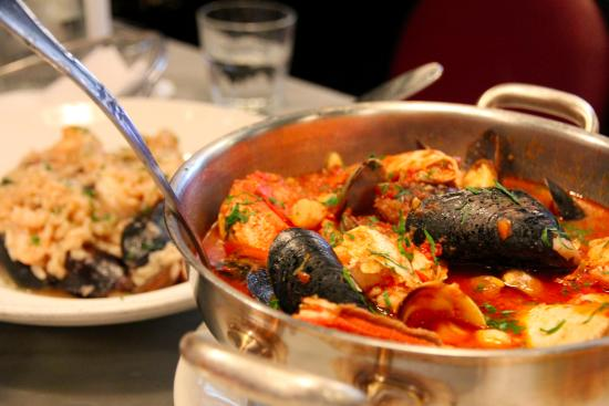 Sotto Mare Oysteria & Seafood海鲜大杂烩
