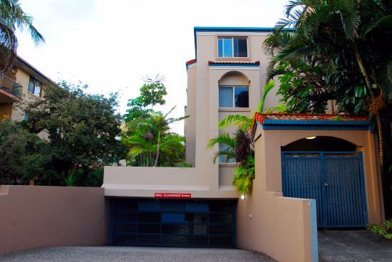 Montego Sands Resort : parking
