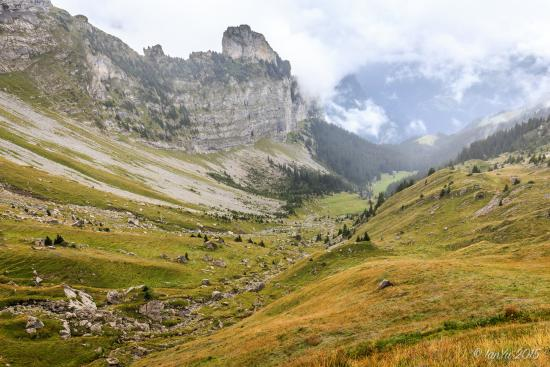 Grindelwald, Swiss: 没有尽头的群山