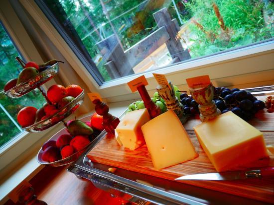 CERVO Zermatt: 新鲜水果和奶酪