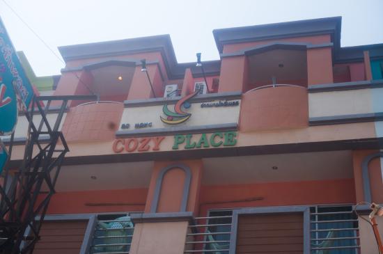 Ao Nang Cozy Place: 门口