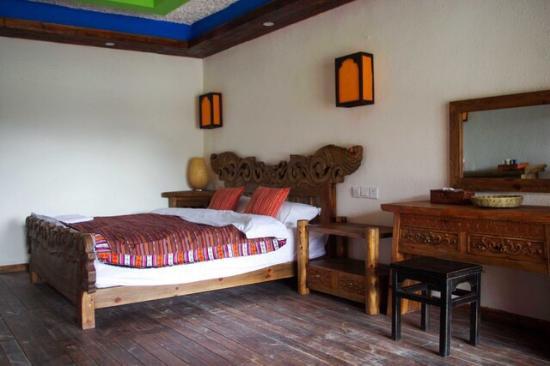 Abu Luzhi Hotel